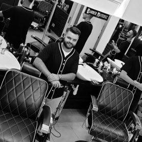 barber-she-he-kielce-czarno-biale-2