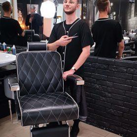 barber-she-he-kielce-kolorowe-4-Barber-Grzegorz